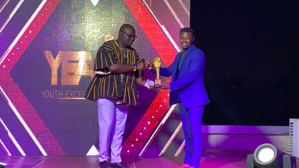 Barimah Amoaning Samuel Awarded Digital Marketer of the year At Youth Excellence Awards